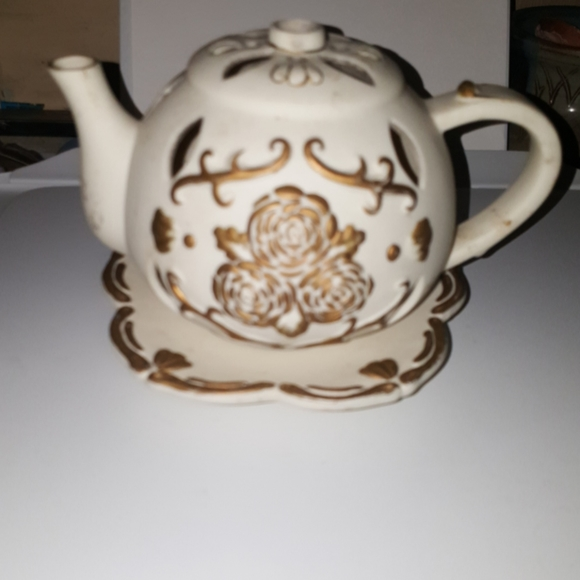 Partylite Tea Time Tealight Teapot Candle Holder